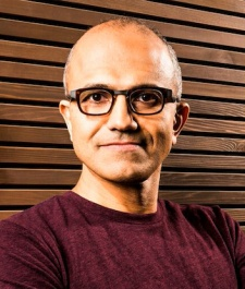 """Microsoft: """"We have as much a shot to build a subscription service as anybody else"""""""