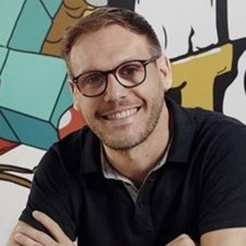 Tonic Games formation minimises development risk, Mediatonic's Bailey says.